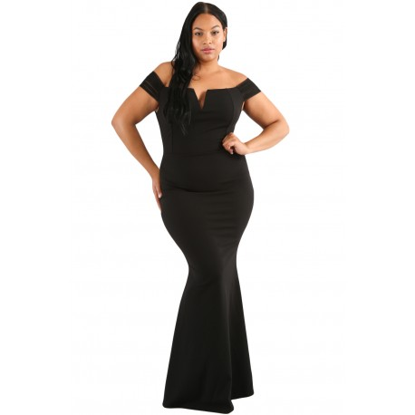 Czarna mini z weluru Plus Size